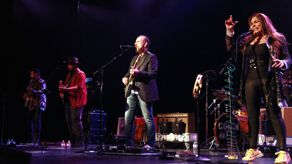 From Down Under, Colin Hay reaches new heights in Tahoe